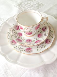 Vintage English Fine Bone Teacup & Saucer set