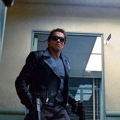 """The Terminator"" Arnold Schwarzenegger Terminator 1984, Terminator Movies, Normal Movie, Arnold Schwarzenegger Movies, Mad Movies, Silvester Stallone, John Rambo, System Model, Men's Leather Jacket"