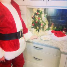The #christmas #holidays are approaching and we had #Santa stop by for #cookies and #milk in our #Saskatoon showroom. #kitchen