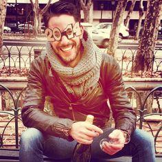 """O humor de #Cláudio Ramos: """"... Se é para celebrar que seja já. Obrigado!!!"""""""