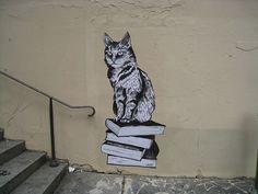 Street art by Suriani, Paris, France