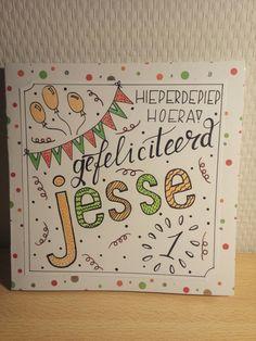 Verjaardagskaart jongen handlettering jaar Jesse gefeliciteerd vlaggetjes ballonnen