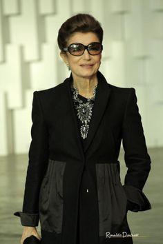 Google Image Result for http://fashionbubbles.com/files/2010/08/costanza_pascolato_flickr-300x450.png