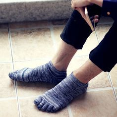 Wiggle Socks 5Pairs/Lot Retro Unisex Socks Cotton Meias brand basketball Sports Five Finger Socks Toe Socks size 39-44 Calcetines 5Pairs/Lot
