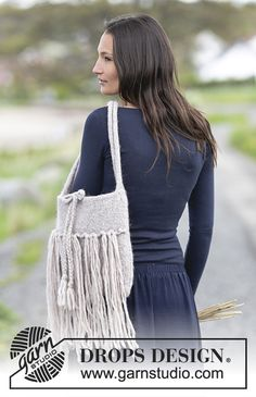 "Felted bag with fringes in ""Eskimo"". Free #knitting pattern"