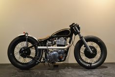 Not usually a bobber fan, but this one ticks all the boxes. #moto
