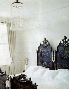 thepreppyyogini:  Amazing antique bed frames.