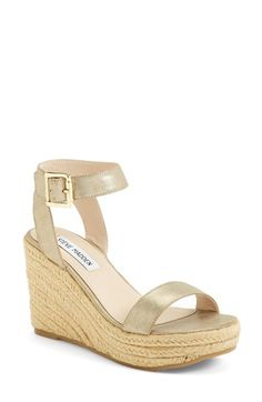 Free shipping and returns on Steve Madden 'Seaside' Wedge Sandal (Women) at Nordstrom.com. A gleaming gilt buckle puts the polish on a breezy espadrille wedge trimmed in braided jute.