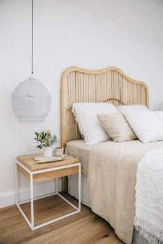 Coastal Living Bedroom Decorating Ideas for Asian Home Decor Near Me where Home Decorators Collection Mirrors toward Hottest Home Decor Trends 2019 via Coastal Master Bedroom Decorating Ideas Home Bedroom, Modern Bedroom, Bedroom Furniture, Bedroom Decor, Natural Bedroom, Master Bedroom, Bedroom Ideas, Stylish Bedroom, Bedroom Lamps