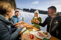 Einkehrschwung - Schwabenbergarena Turnau . . (c) Tom Lamm . . #hochsteiermark #ski #winter #wintertime #austria #steiermark #genuss #beer #food #foodlover #foodlove #einkehrschwung Paella, Winter, Ethnic Recipes, Food, Lamb, Winter Time, Meal, Essen, Hoods