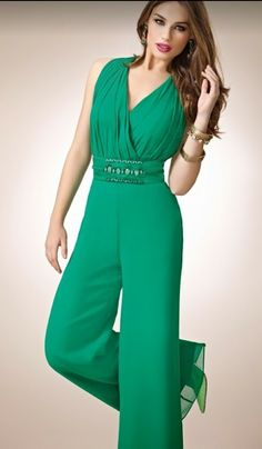 Peplum Waist Scalloped Neck Lace Jumpsuit love the bottom hate the top Casual Chic, Casual Wear, Fashion Pants, Fashion Dresses, Lace Jumpsuit, Jumpsuits For Women, Beautiful Dresses, Cool Outfits, Dress Up