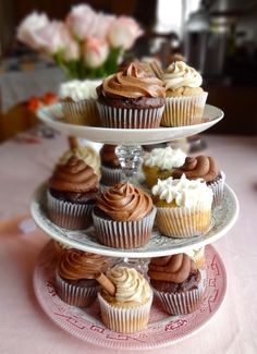 Multiple delicious cupcake recipes in one place!