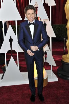 Eddie Redmayne in Alexander McQueen on the Oscars 2015 Red Carpet. [Photo by Donato Sardella]