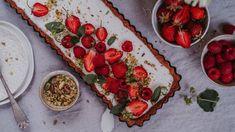 Bezlepkový koláč s kokosovým krémem a ovocem