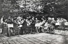 Imperial Family of Russia and Grand Ducal Family of Hesse in Friedberg,German Empire ~ Excursion to Münzenberg Castle. First table At Back : Lady-in-waiting Miss Loch; Wing-Adjutant Captain Drenteln; Princess Alice of Battenberg; Grand Duchess Eleonore of Hesse and By Rhine; Princess Emma of Solms-Lich; Grand Duke Ernst-Ludwig of Hesse and Rhine. In Front: Hofmeisterin Exc.Freiin of Grancy; General-Adjutant General Hahn; Princess Victoria of Schleswig-Holstein; Tsar Nicholas ll of Russia… Princess Alice Of Battenberg, Lady In Waiting, Tsar Nicholas, Grand Duke, Princess Victoria, Russia, Empire, Castle, Palaces