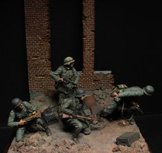 Dioramas and Vignettes: Street fight Military Diorama, Military Art, Battle Of Stalingrad, Gundam Custom Build, Plastic Model Cars, Street Fights, Military Modelling, Fantasy Miniatures, German Army