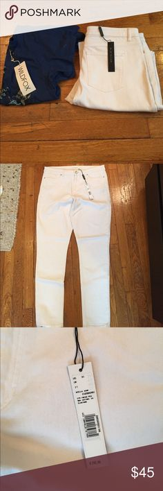 """NWT Elie Tahari AZELLA JEAN IN FRESH PEARL Figure-flattering with timeless appeal, this tapered stretch cotton jean can be effortlessly dressed up or down.  Approx. measurements: 9"""" rise, 30"""" inseam, 12"""" leg opening. Five-pocket style. Formfitting legs. Button/zip fly; belt loops. Ankle length. Cotton/spandex. Elie Tahari Jeans Skinny"""