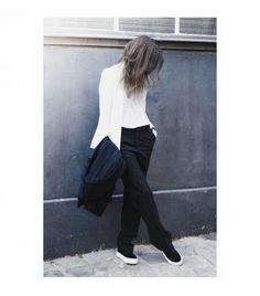 Theblab is wearing: EYTYS sneakers, Zara pants, Mango coat, Pimkie blazer, T by Alexander Wang shirt.