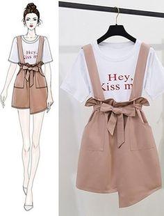 Bản Phác Hoạ draft - SeoulSugar Fashion Drawing Dresses, Fashion Illustration Dresses, Fashion Dresses, Girls Fashion Clothes, Teen Fashion Outfits, Stylish Outfits, Ulzzang Fashion, Asian Fashion, Look Fashion