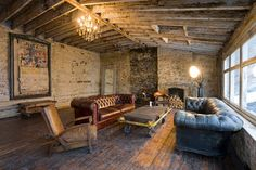 design is mine : isn't it lovely?: interior inspiration : old leather.