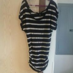 Shirt Never worn xxi Tops Tees - Short Sleeve