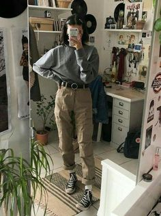 Hipster Outfits – Page 9020033043 – Lady Dress Designs Edgy Outfits, Mode Outfits, Retro Outfits, Vintage Style Outfits, School Outfits, Girl Outfits, Grunge Winter Outfits, Soft Grunge Outfits, Summer Outfits