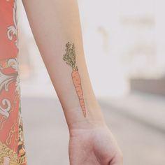 vegan tattoo, carrots and tattoos. Henna Tattoos, Fake Tattoos, Pretty Tattoos, Beautiful Tattoos, Body Art Tattoos, Cool Tattoos, Tattly Tattoos, Tatoos, Vegan Tattoo