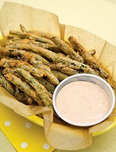 Fried Green Beans  do HALF of the dredge and milk for 1 lb beans.  Use bigger frying pan to fry more at a time.  vegetable oil for frying 1 cup flour 1 cup yellow cornmeal 1 T salt 1/2 tablespoon ground black pepper 1/2 teaspoon ground cayenne pepper 1 pound green beans, ends trimmed 1 cup buttermilk 1 recipe Zesty Dipping Sauce (Recipe follows.)  Zesty Dipping Sauce: 1/3 cup mayonnaise 1/3 cup ketchup 1 tablespoon Worcestershire sauce 1/4 teaspoon ground black pepper 1/8 teaspoon garlic…