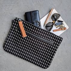 Keep your everyday essentials at hand, cheeky keychains included, with our new folios. What To Wear, Essentials, Keychains, Tote Bag, My Favorite Things, Studio, My Style, Blackberries, Capsule Wardrobe