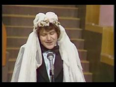 Silvestr 1977: Silvestr na přání aneb Čí jsou hory Kavčí? 1/2 - YouTube Karel Gott, Video Film, Music Artists, Films, Entertainment, Youtube, New Years Eve, Movies, Film