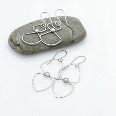 Awesome minimalist classy earrings