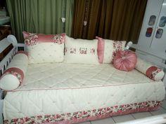https://flic.kr/p/bxSWhi | Kit cama laço provençal | Para contato conosco favor enviar email: flordelis.ka@bol.com.br  Att Karol Moura