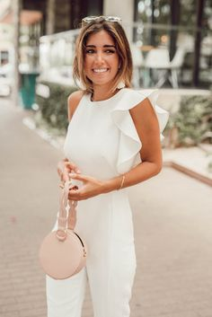 summer white jumpsuit We are want to say thanks if you like to share this post to another people via Jumper Outfit, Jumpsuit Outfit, Casual Jumpsuit, White Jumpsuit, Ruffle Jumpsuit, Teen Fashion Outfits, Women's Fashion Dresses, White Outfits, Classy Outfits