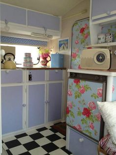 shabby chic caravan interior. lovely!