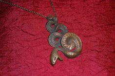 Collier serpent laiton Antique rare sur Etsy, $30.03