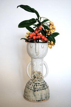 Little lady ceramic vase in white and grey glaze. No.1