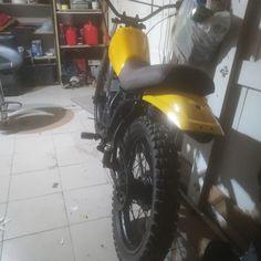 Yamaha dt 80 mx . 1981. Yellow scrambler Scrambler, Yamaha, Yellow