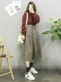 Korean Fashion Trends you can Steal – Designer Fashion Tips Ulzzang Girl Fashion, Style Ulzzang, Korean Girl Fashion, Korean Fashion Trends, Korean Street Fashion, Korea Fashion, Asian Fashion, Modest Fashion, Fashion Outfits