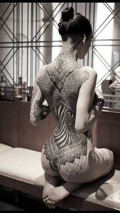 Glenn Cuzen Dot Work Tattoo - AMAZING!!!