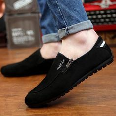 Quality Classical Style Comfortable Man Shoes Brand Casual 2015 Spring Man Canvas Flats Fashion Style Black Blue Luxury Leisure Shoes with free worldwide shipping on AliExpress Mobile Cheap Mens Fashion, Mens Fashion Shoes, Fashion Boots, Sneakers Fashion, Men's Fashion, Fashion Spring, Yeezy Fashion, China Fashion, Fashion 2018