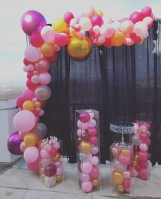 Organic balloons gone wild... They are the trend, and people are loving the unique look of anything organic in balloons.  #organicbeauty #organic #organicballoons #balloon #balloonarch #partyblitzsimi #partydecor