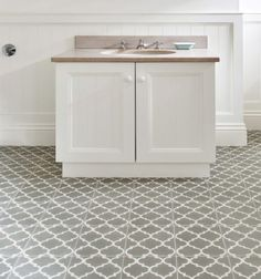 Trellis encaustic tiles from Ca' Pietra. Grey encaustic tiles in the bathroom. Trellis Pattern, Bathroom Layout, Grey Bathroom Tiles, Tile Floor, Trellis, Lattice Design, Encaustic Tile, Tile Patterns, Tiles Price