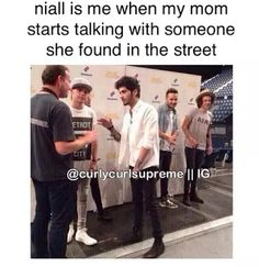 Uploaded by Find images and videos about funny, one direction and niall horan on We Heart It - the app to get lost in what you love. One Direction Facts, One Direction Imagines, One Direction Harry, 1d Imagines, Crazy Funny Memes, Really Funny Memes, Funny Relatable Memes, 1d Quotes, Funny Moments