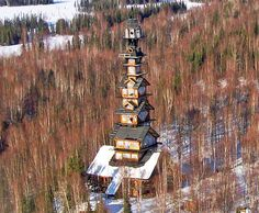 Abandoned Dr Seuss house in Alaska a tower of mystery Crazy Houses, Old Houses, Tree Houses, Sustainable Architecture, Architecture Details, Pavilion Architecture, Residential Architecture, Sustainable Design, Contemporary Architecture