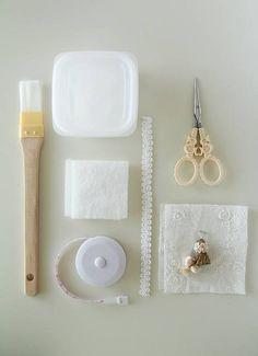 はみ出 Adult Crafts, Diy And Crafts, Sewing Kit, Pin Cushions, Embroidery, Paper, Handmade, Women's Fashion, Scrappy Quilts