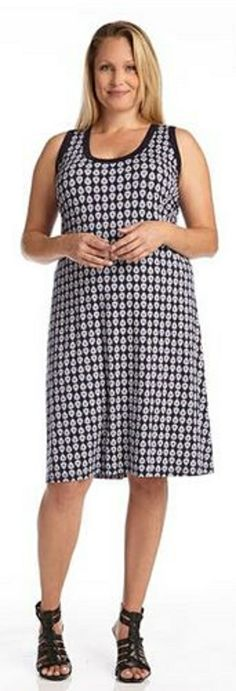 PLUS SIZE CONTRAST TANK DRESS This Karen Kane dress features a Spring ready sleeveless silhouette and a bold pattern for an ideal day to night option. #Plus_Size #Tank_Dress   #Karen_Kane