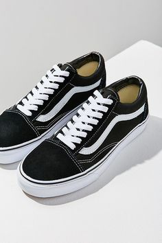 bc9b11f09ed5 Slide View  1  Vans Old Skool Original Sneaker  Sneakers Vans Classic Old  Skool