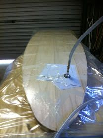 vacuum bag Surfboard Shapes, Wooden Surfboard, Wooden Paddle Boards, Board Builder, Wood Projects, Woodworking Projects, Sup Stand Up Paddle, Water Surfing, Classic Wooden Boats