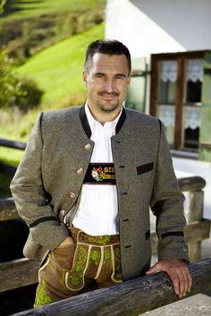 German Men, German Folk, Lederhosen, German Outfit, Oktoberfest Outfit, Austria, German Fashion, Winter Mode, Folk Costume