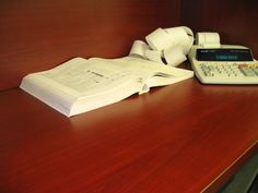 Tips to do bookkeeping for your own small business. #bookkeeping